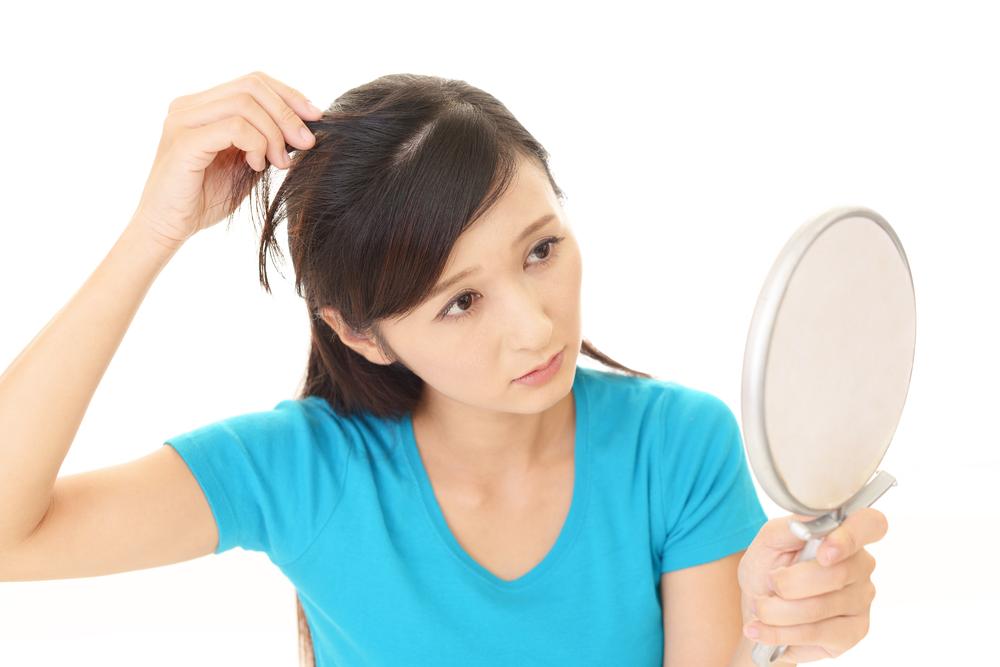 髪の毛の本数を確認